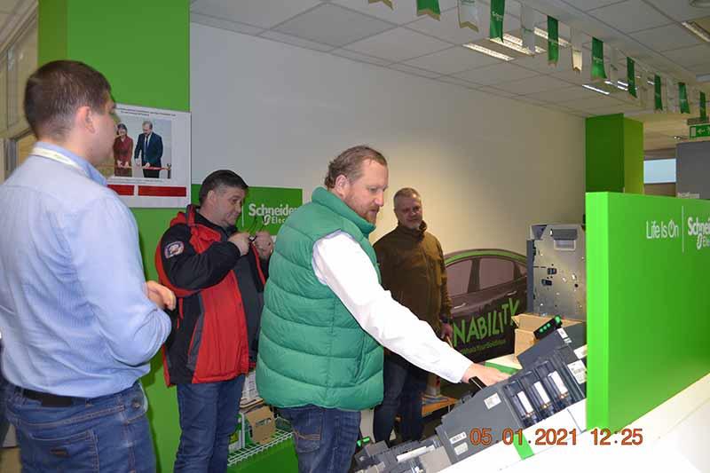 Новое-электричество-Шнейдер-Электрик-НАНЦ-1