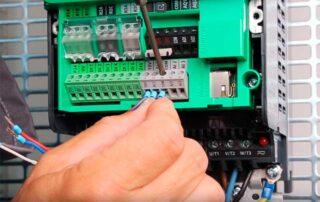АЭСЗ-преобразователь-частоты-Schneider-Electric-Altivar-610-1